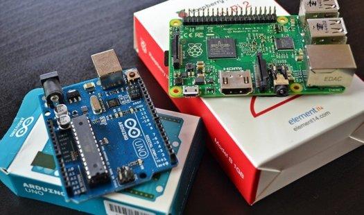 Raspberry Pi vs. Arduino Uno Thumbnail