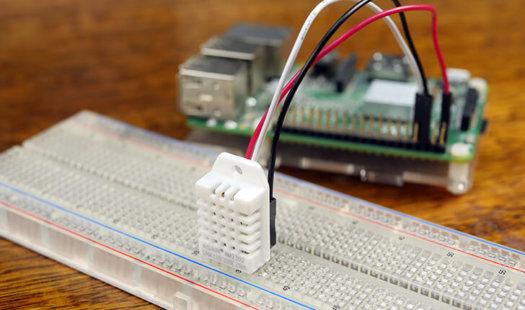 Raspberry Pi Humidity Sensor using the DHT22 Thumbnail