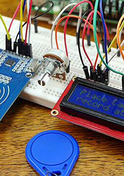 Circuitry Projects for the Raspberry Pi eBook Cover